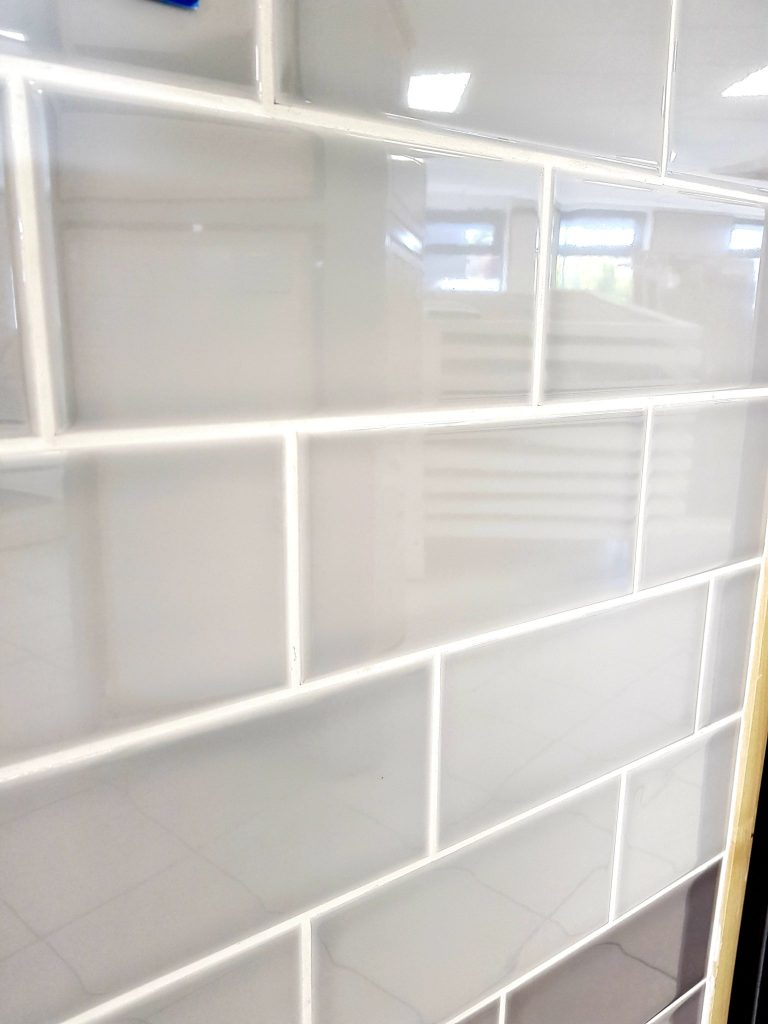 Johnson Savoy Savo5a Brick Dew Gloss Ceramic Wall Tile