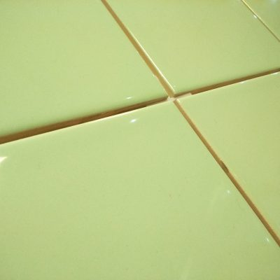 Johnsons Splash Mint Gloss Ceramic Wall Tiles 150x150x6.5mm sold per box (1m2)