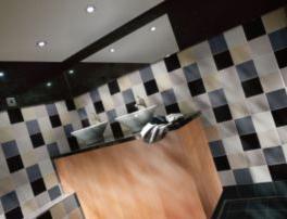 Johnsons Prismatics room set