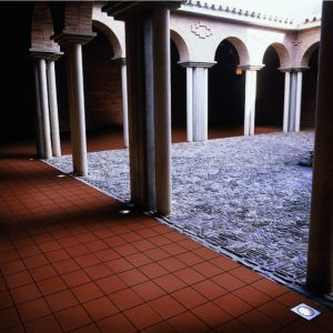 Gres De Aragon Red RE Round Edge Quarry Tiles