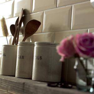Johnson Cream BVBR2A Bevel Brick Gloss Ceramic Wall Tile (200x100x7.5mm)